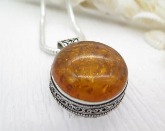 Vintage Round Shape Baltic Amber Sterling Silver Pendant and Chain