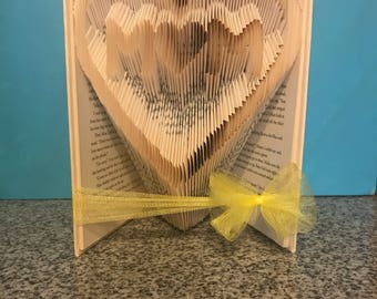 Mom folded Book - Mother's day - Birthday - Gift- Christmas