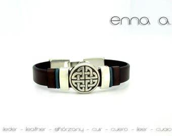 Bracelet brown leather, Celtic figure. N 2