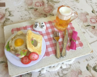 Ham and cheese sandwich with egg