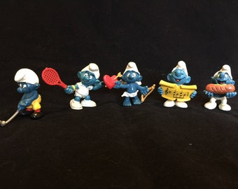 Vintage Lot 5 Smurf Figures/Very Collectible/Form the late 70's early 80's