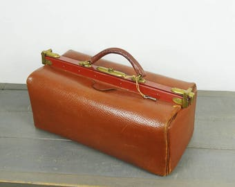 Antique french leather doctor bag with original key, brown color
