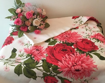 1960's Beautiful Heavy Crisp Cotton Tablecloth
