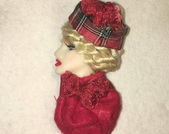 Senga of Scotland, Lady Face Pin