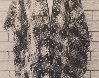 Womens Hand Made Wrap Poncho Kimono Jacket Black and White Floral Embroidery