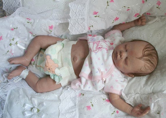 MEMORY  BABY full sculpt  cloth body.. mini baby..  very small...  for  grieving mothers.. Preemie or  very small newborn baby size..