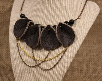 Spade Mini - Chocolate Brown Leather Necklace with Geometric Beads