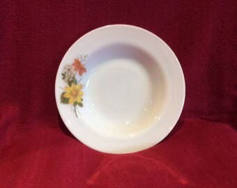 "Pyrex JAJ Autumn Glory Dahlia Soup or Dessert bowls 1/2 pint 8 7/16"" diameter circa 1960"