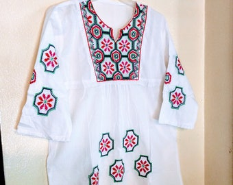 Mexican top for women,mexican embroidered blouse,embroidery bouse mexican embroidered top,mexican embroidered tunic,embroidered mexican top