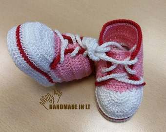 Pink baby boots / Handmade crocheted baby boots / Crocheted baby sneakers / Newborn boys and girls booties / Cotton baby boots/ Kid boots