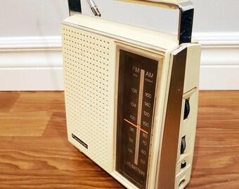 Vintage 1970 Panasonic AMFM Radio Model RF-563, Battery Portable & AC Plug, Working