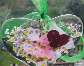 Heart. Fused glass heart for your window or your wall. Suncatcher. Glass heart. Pink. Green