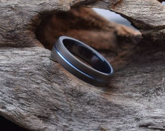 Titanium wedding band with a dark matt finish, his or hers wedding band, black blasted titanium ring mens, blue anodized groove