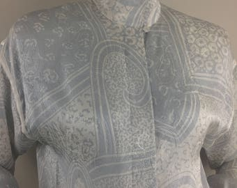 Vintage Frank Young 100% Silk Gray Blouse with Paisley print and High Collar/Size 10