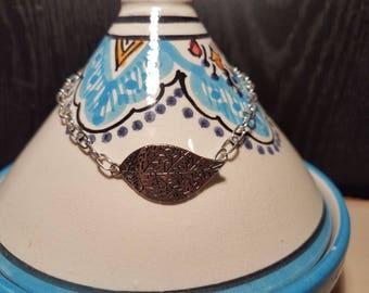 Ornate Leaf Silver-tinted Charm Bracelet