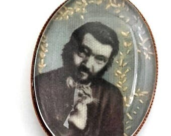 Julio Cortázar hand embroidered brooch