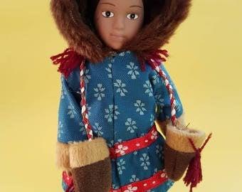 Soulful Vintage Native American Indian - Girl Doll Travel Souvenir