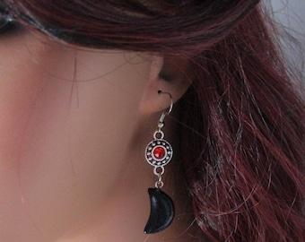 Black Moon and Red rhinestones Earrings, Moon Earrings, Sandstone earrings, Gemstone earrings, Dangle Earrings, Black Moon Earrings, Red