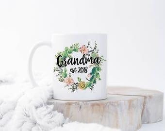 Grandma Mug, Pregnancy Reveal, Future Grandma, New Grandma, Grandma Gift, New Grandma Mug, Promoted To Grandma, Baby Announcement Mugs