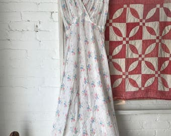 Vintage 1930s floral print lightweight sheer cotton nightgown lingerie dress 30s