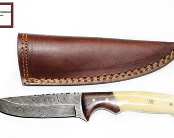 DAMASCUS KNIFE/ Titan/  Walnut Wood & Camel Bone TD-106 ( Walnut Version)