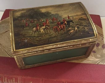 Vintage Equestrian Hunt Scene Lidded Box. Fox Hunt. Decoupage scene. Trinket box. Equine theme. Equestrian Decor