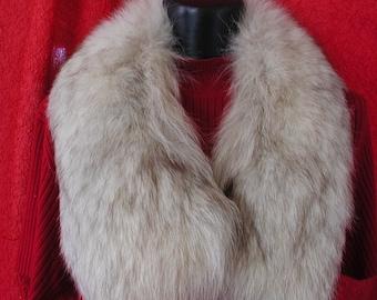 Fox Fur Collar....Vintage Fox Fur Collar (S)