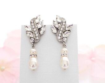 Wedding drop earrings, vintage style bridal earrings, pearl bridal earrings, crystal bridal earrings, pearl bridesmaid earrings, wedding