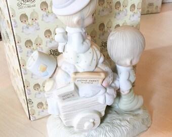 Vintage Precious Moments Walking By Faith Figurine E-3117