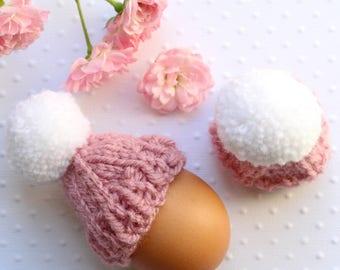 COUVRE OEUF tricoté à la main avec pompon (Lot de 2)