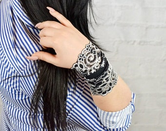 Black Wristband, Lace Bracelet, Lace Wrist Cuff, Lace Jewelry, Wrist Tattoo Cover, Stretch Bracelet, Lace Arm Band, Wide Lace Cuff, w4144