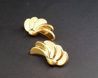 Monet Wings/Spiral Fan Clip On Earrings Gold tone