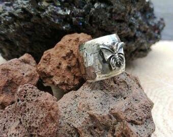 Unique everyday ring, Butterfly Silver ring, Butterfly ring, Silver Oxidized Ring, Wide band silver ring, silver hammered ring,