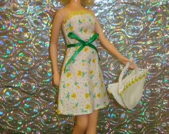 FRANCIE~Doll Clothes~OOAK~Handmade~60's MOD Retro~Complete 5 pce Summer Outfit~Strapless Dress, Hat,Canvas Tote Bag,Jelly Sandals