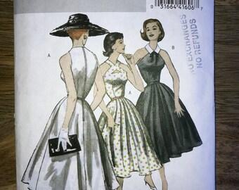 Fabulous Retro 50s Flared Mid Calf Dress Pattern Keyhole Neckline Butterick B5033