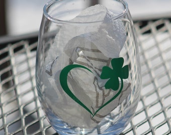 Irish Heart Stemless Wine Glass