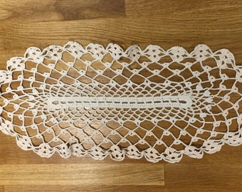 Dainty oval hand crochet doily table runner white and pale pink