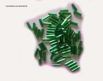 Lot 50 green glass tube beads