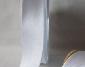 DMC white 20 mm satin bias