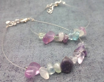 Twisted wire and natural purple fluorite bracelet / Wire bracelet with natural purple fluorite