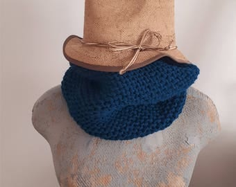 Knitted teal Snood