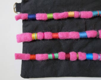 Woolly Pouch - Black / Pink