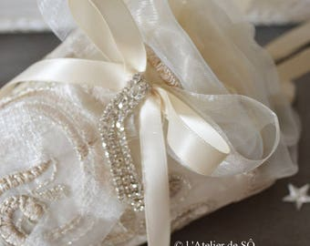 Large cone romantic embroidered organza