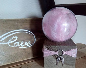Globe light way dreamcatcher with pink feathers