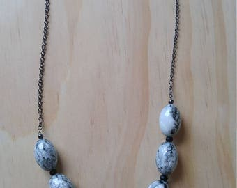 Marble stone chain necklace