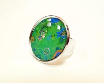 Paisley green cabochon ring