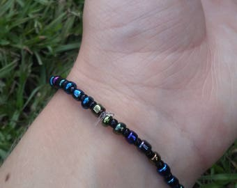 Dark Iridescent Glass Bead Bracelet