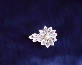 Fleur Kanzashi white satin on crocodile clip