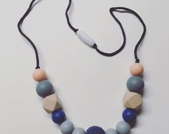 Silicone Teething Necklace with Crochet bead / Shower Gift / Silicone Necklace