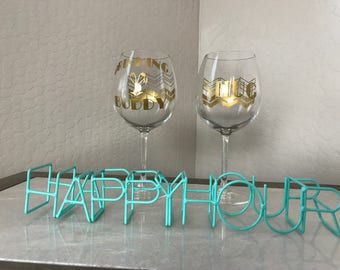 Personalized Set of 2 - 19.5 oz Wine Glasses